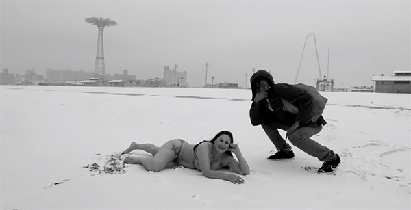 ratking-snow-beach